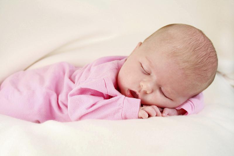 малыш уснул сладким сон